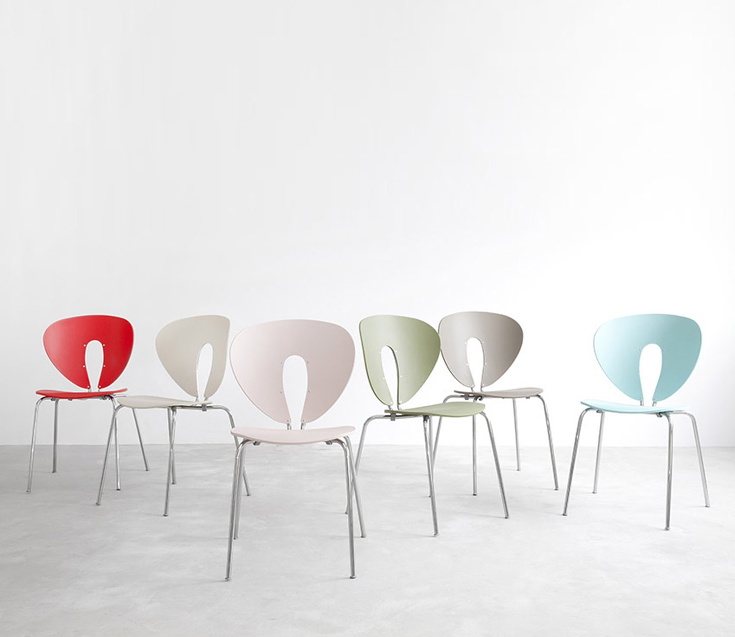... STUA Globus Polypropylene Chair. Double Tap To Zoom