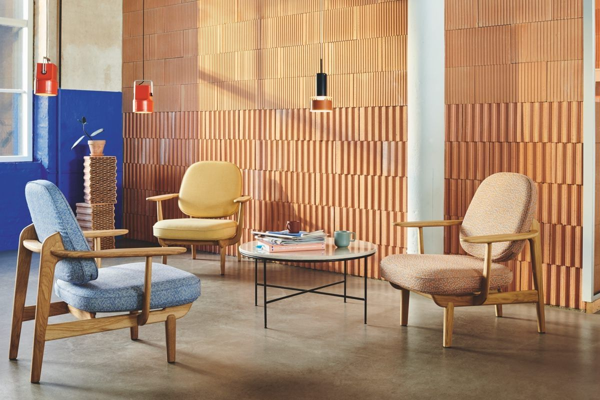Fritz Hansen Fred Easy Chair with coffee table