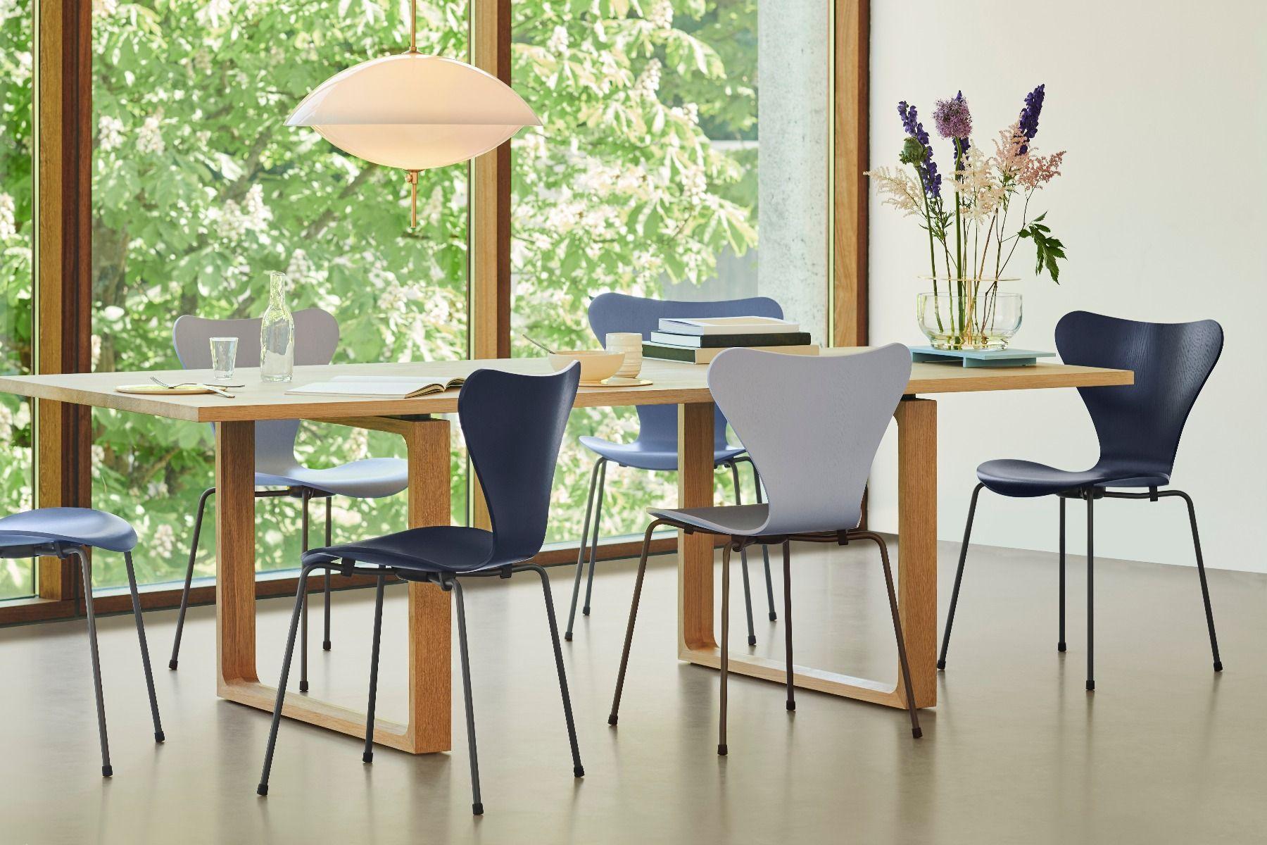 Fritz Hansen Series 7 Chair - Coloured Ash in grey blue colour scheme