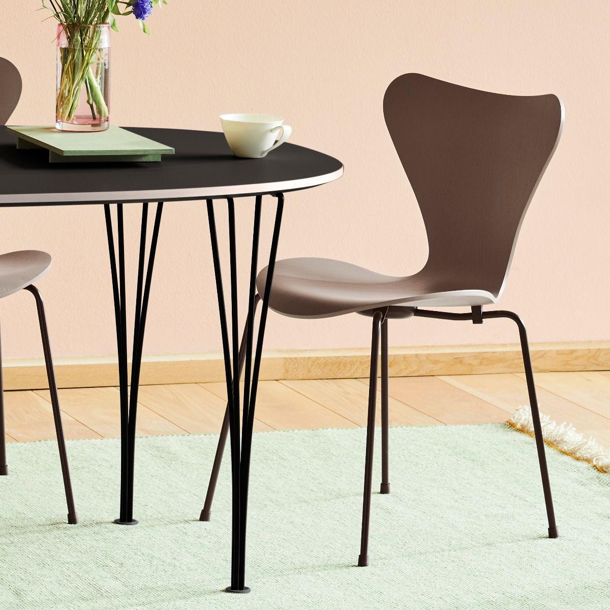 Fritz Hansen Series 7 Chair - Coloured Ash - Clay next to table