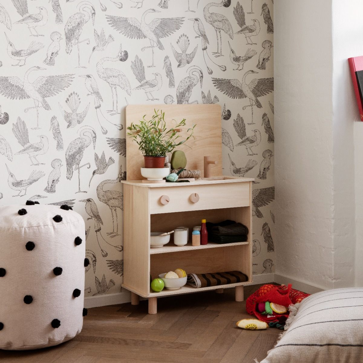 Ferm Living Toro Play Kitchen in kids room with birds wallpaper