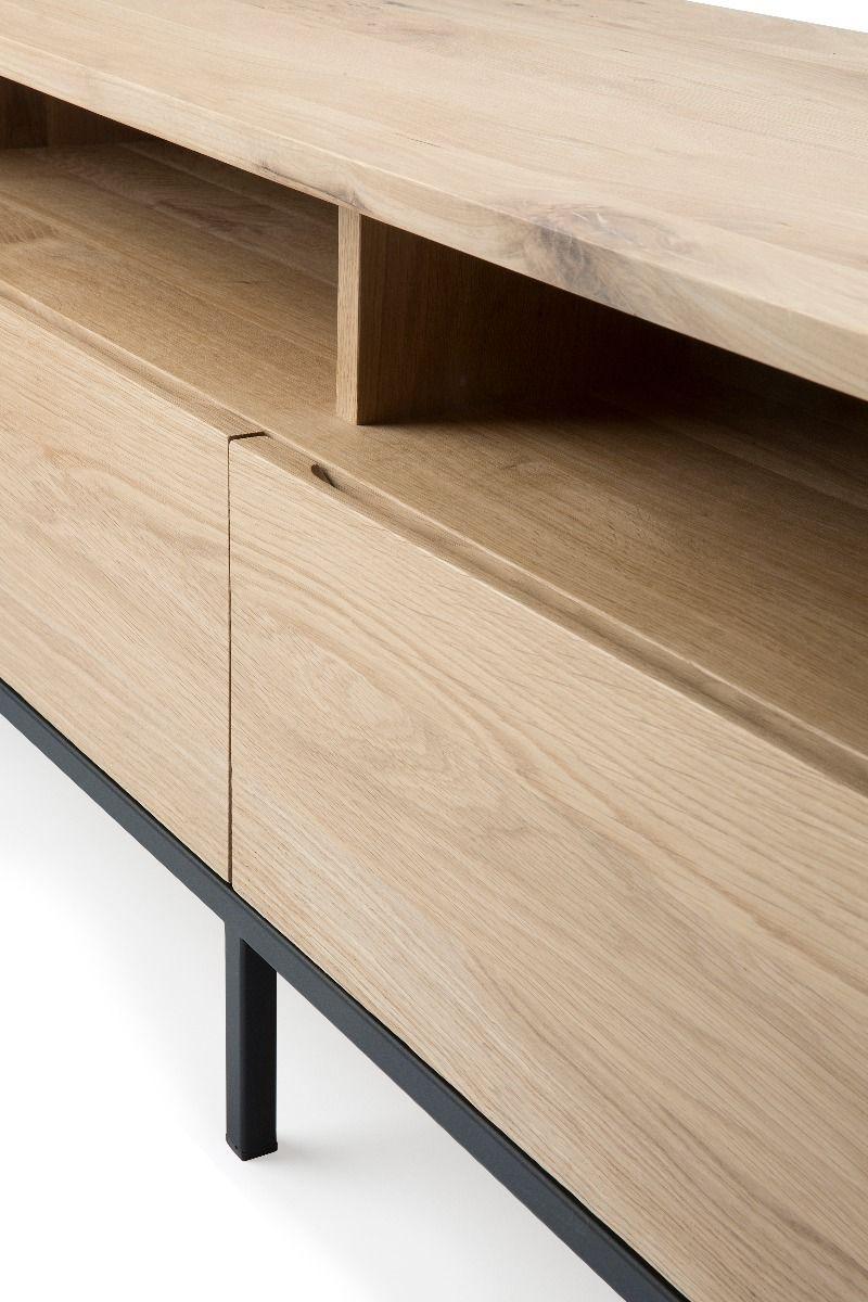 Ethnicraft Ligna TV Cupboard - Black detail of the drawer handle