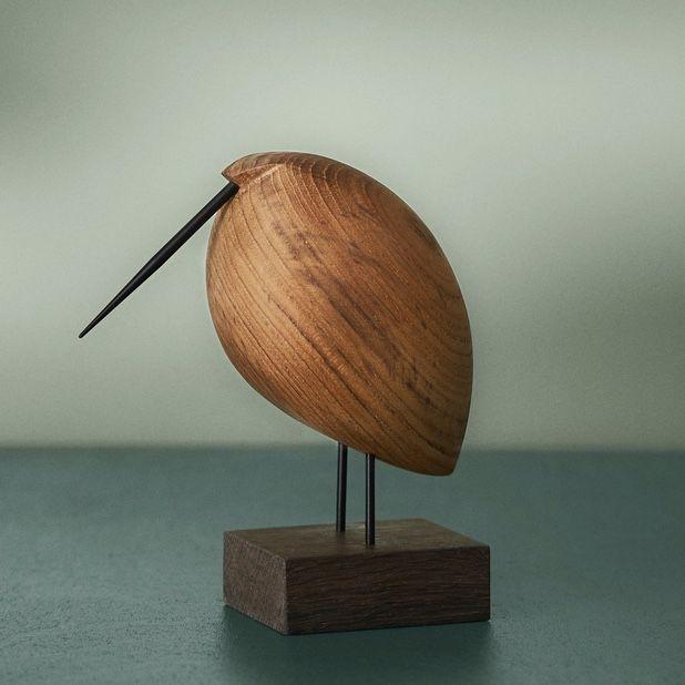Warm Nordic Beak Bird - Lazy Snipe on a green background