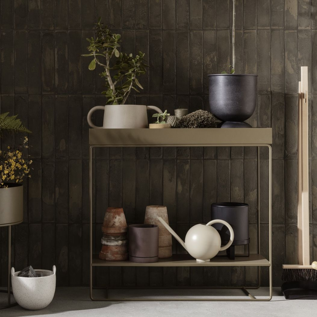 Ferm Living plant box two teir olive green with plant pots on