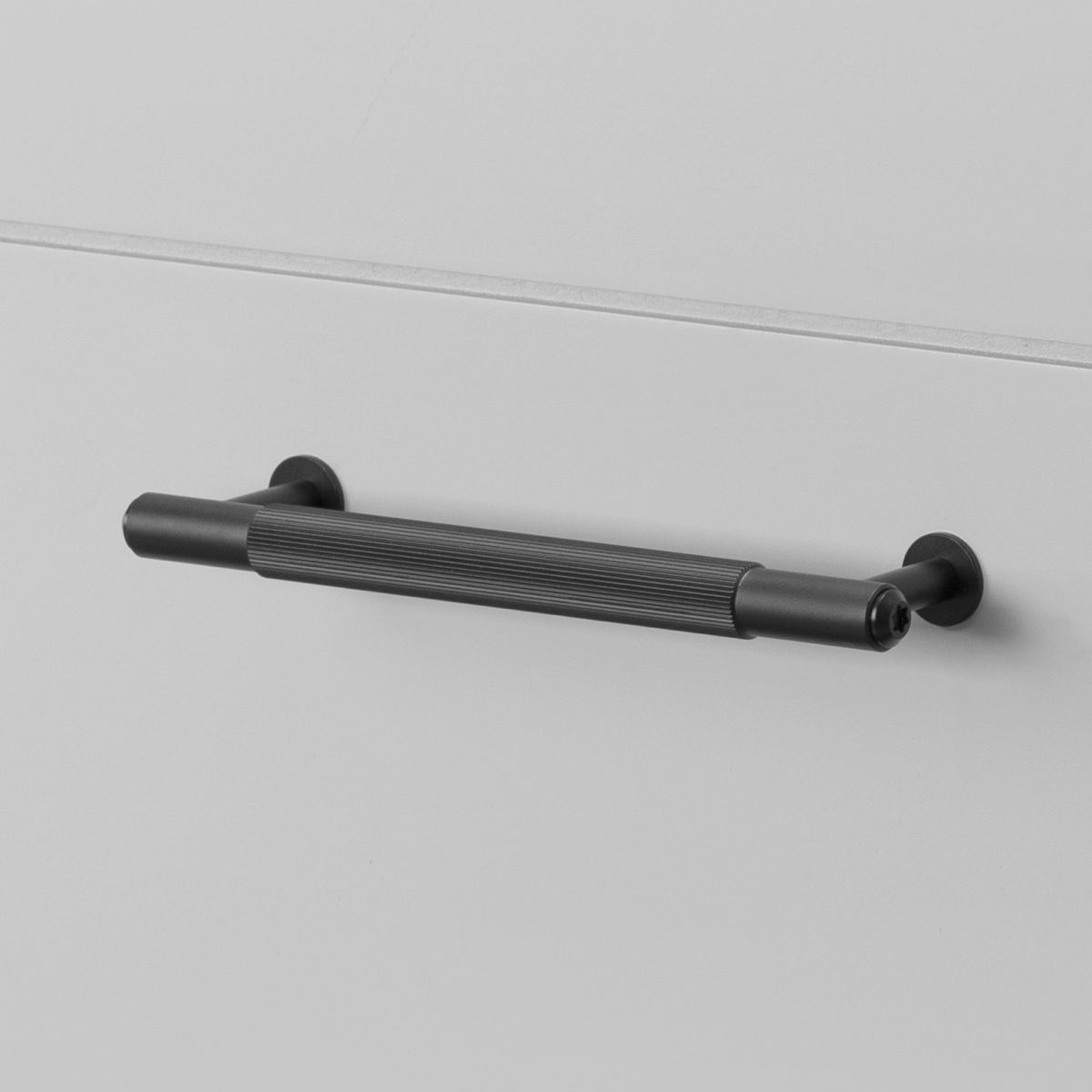Buster + Punch Pull Bar Handle   Black   Linear