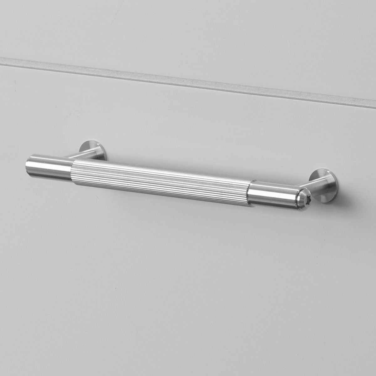 Buster + Punch Pull Bar Handle | Steel | Linear