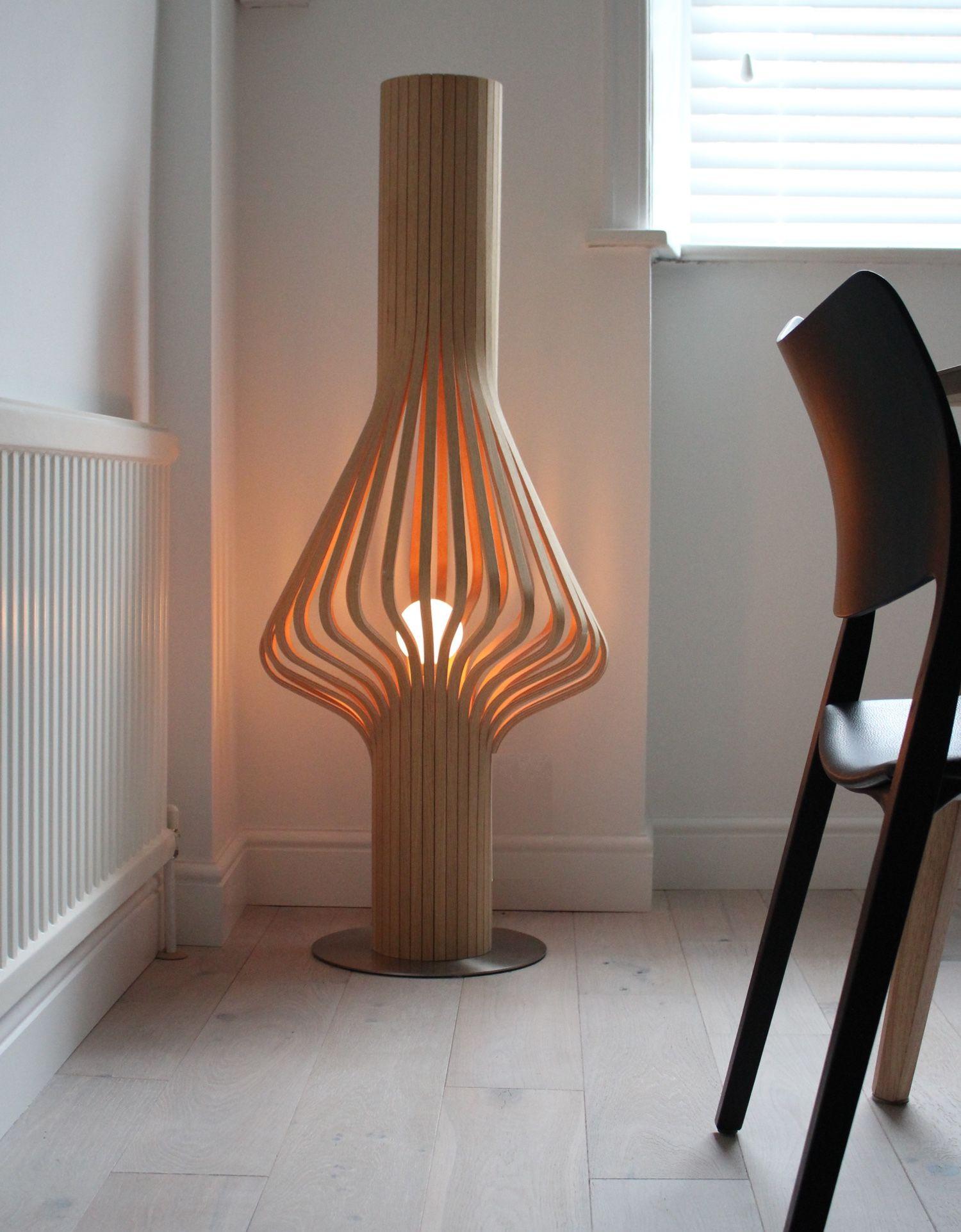 Northern Diva Floor Light