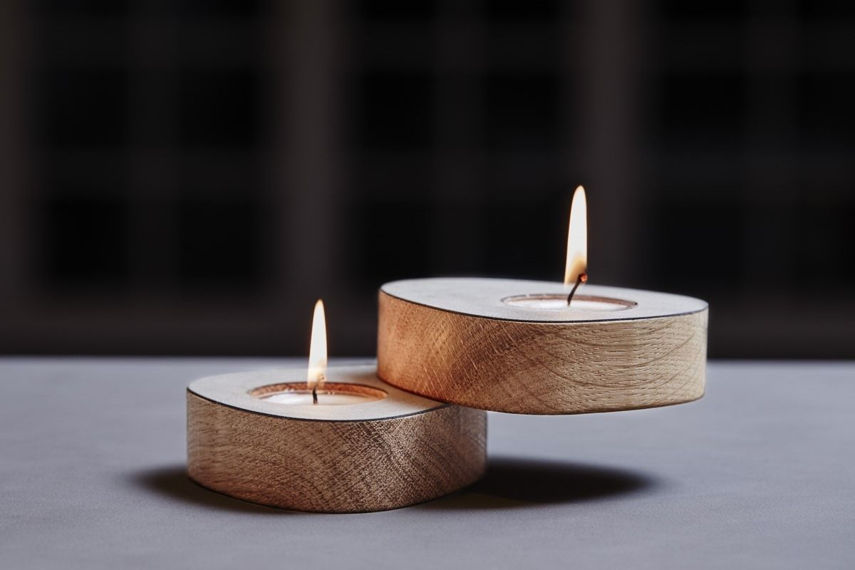 Lind DNA Curve Tea Light Holder