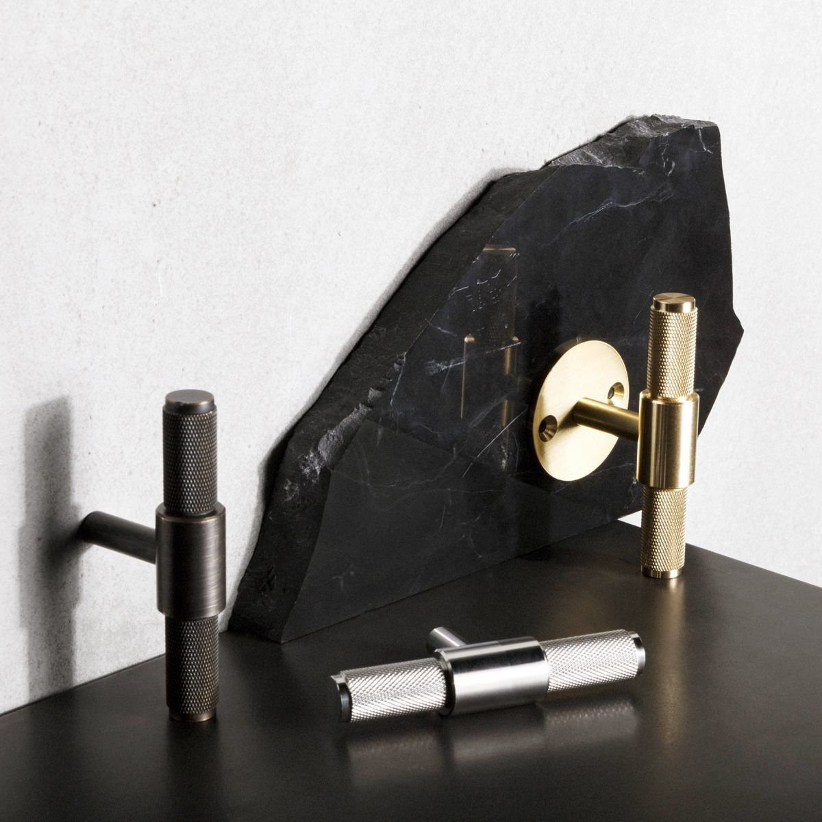 Buster + Punch T-Bar Handle - Plate