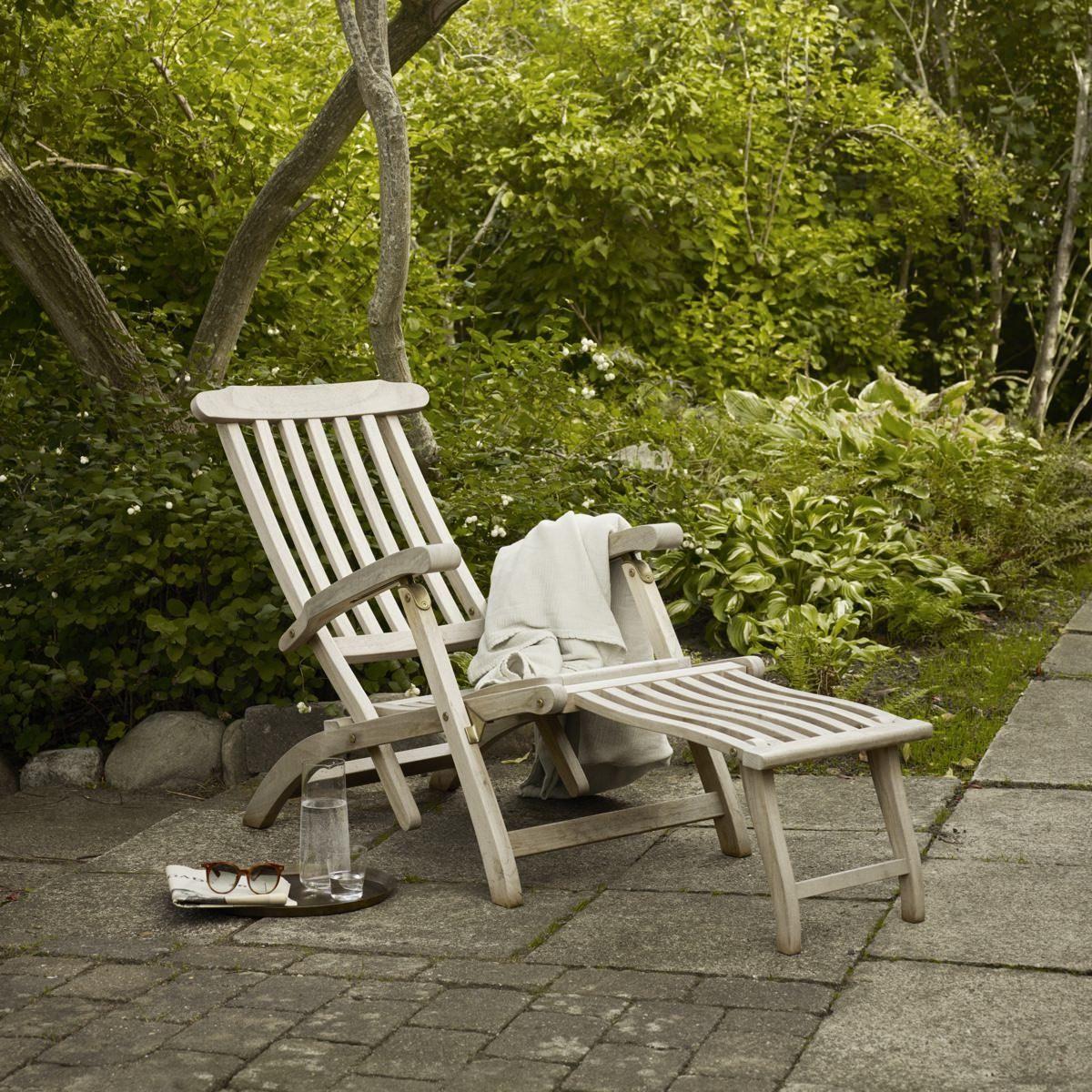 Skagerak Steamer Deck Chair in the garden