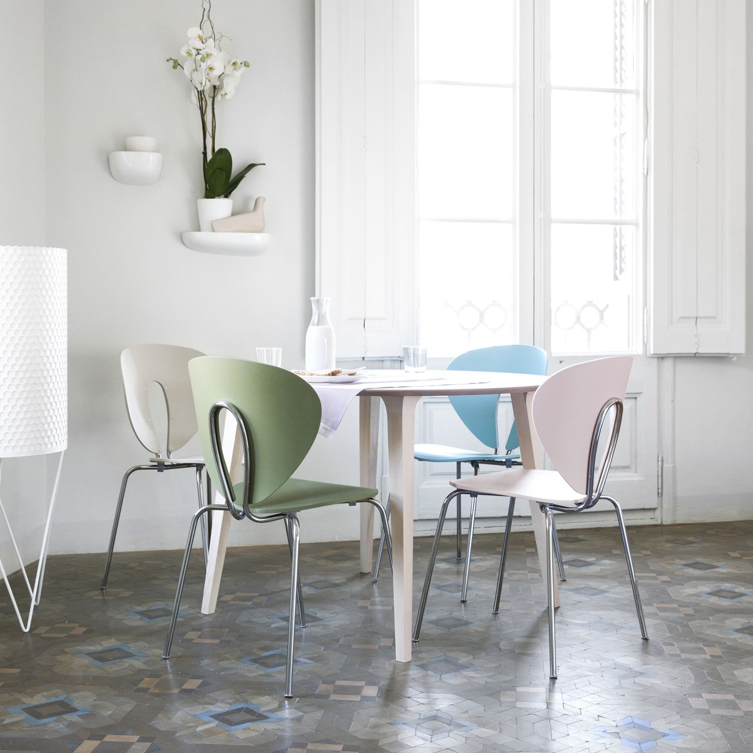 STUA Lau Round Table