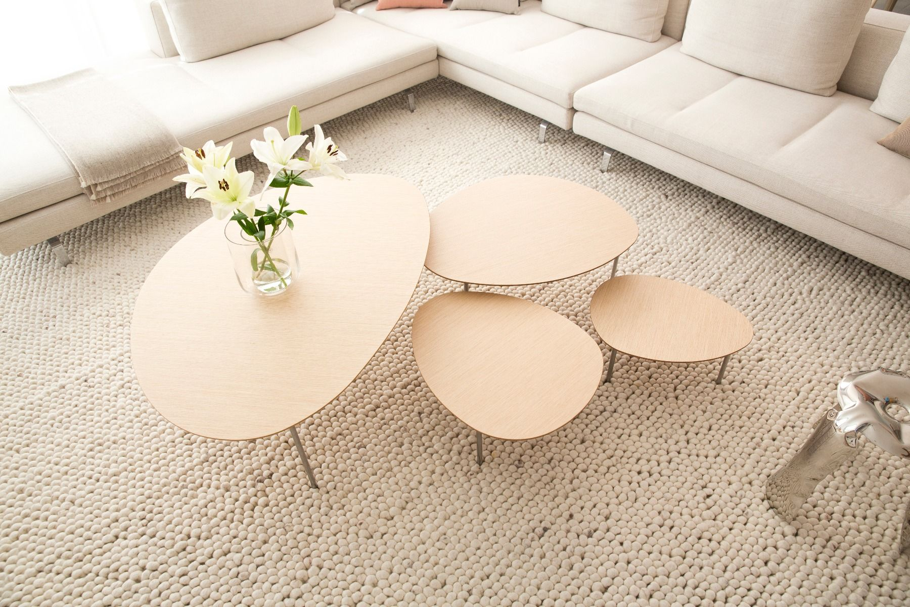 STUA Eclipse Coffee tables in living room