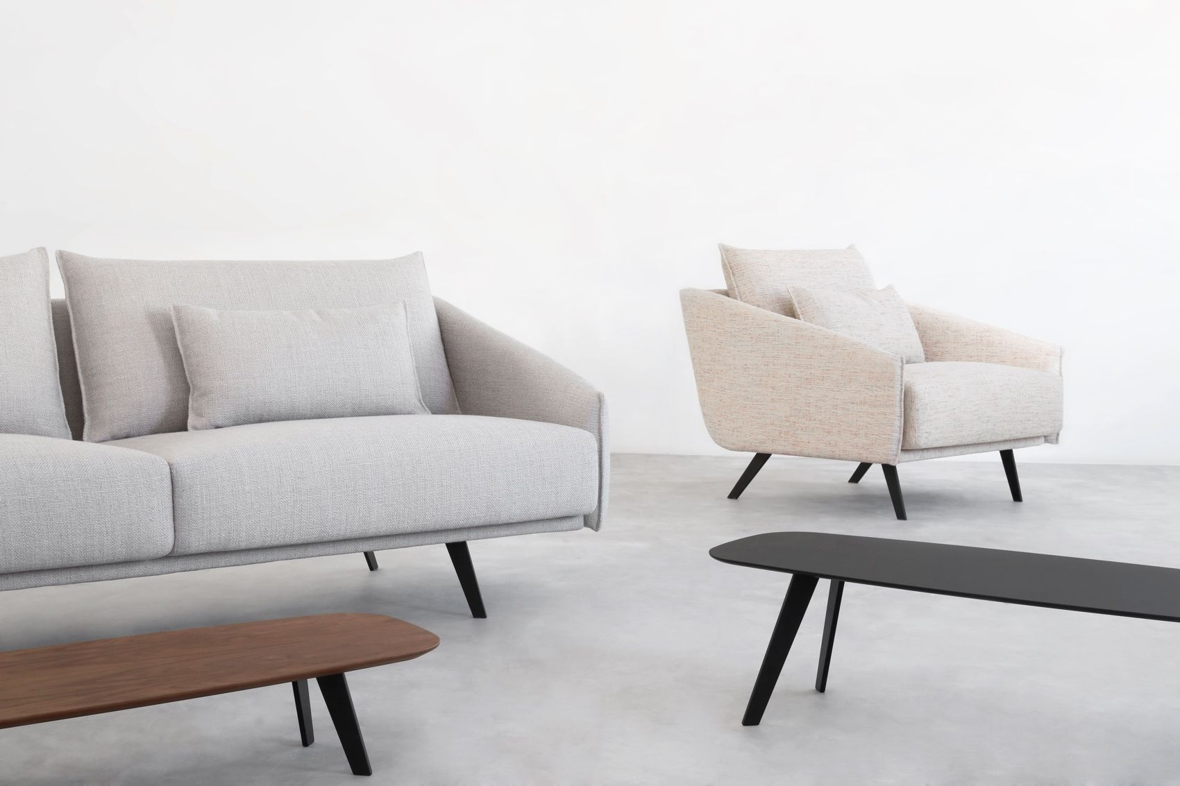 Stua Solapa Tables with costura sofa