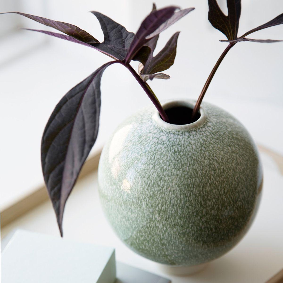 Kahler Unico Vase Large green on window cill