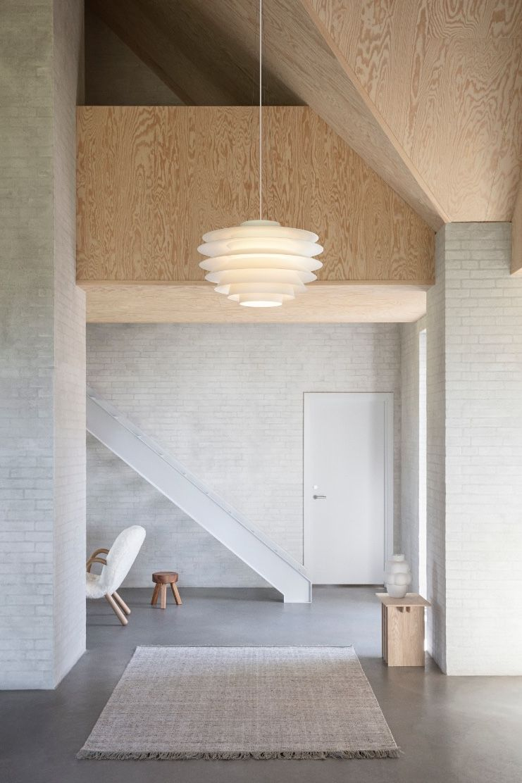 LYFA Verona Pendant - White