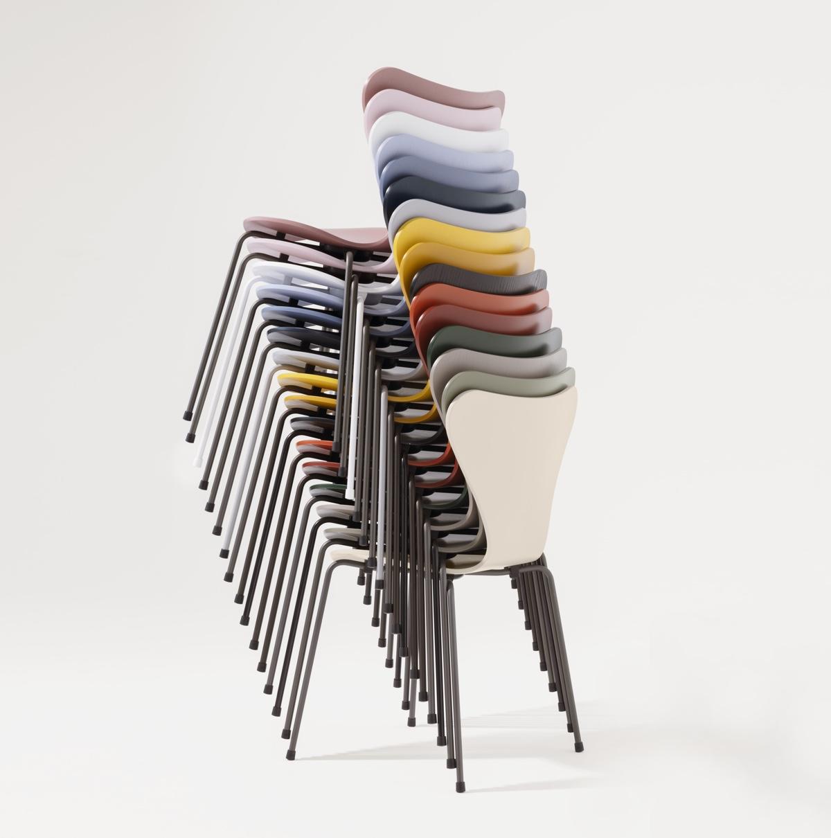 Sitting Pretty - A Sense of Colour