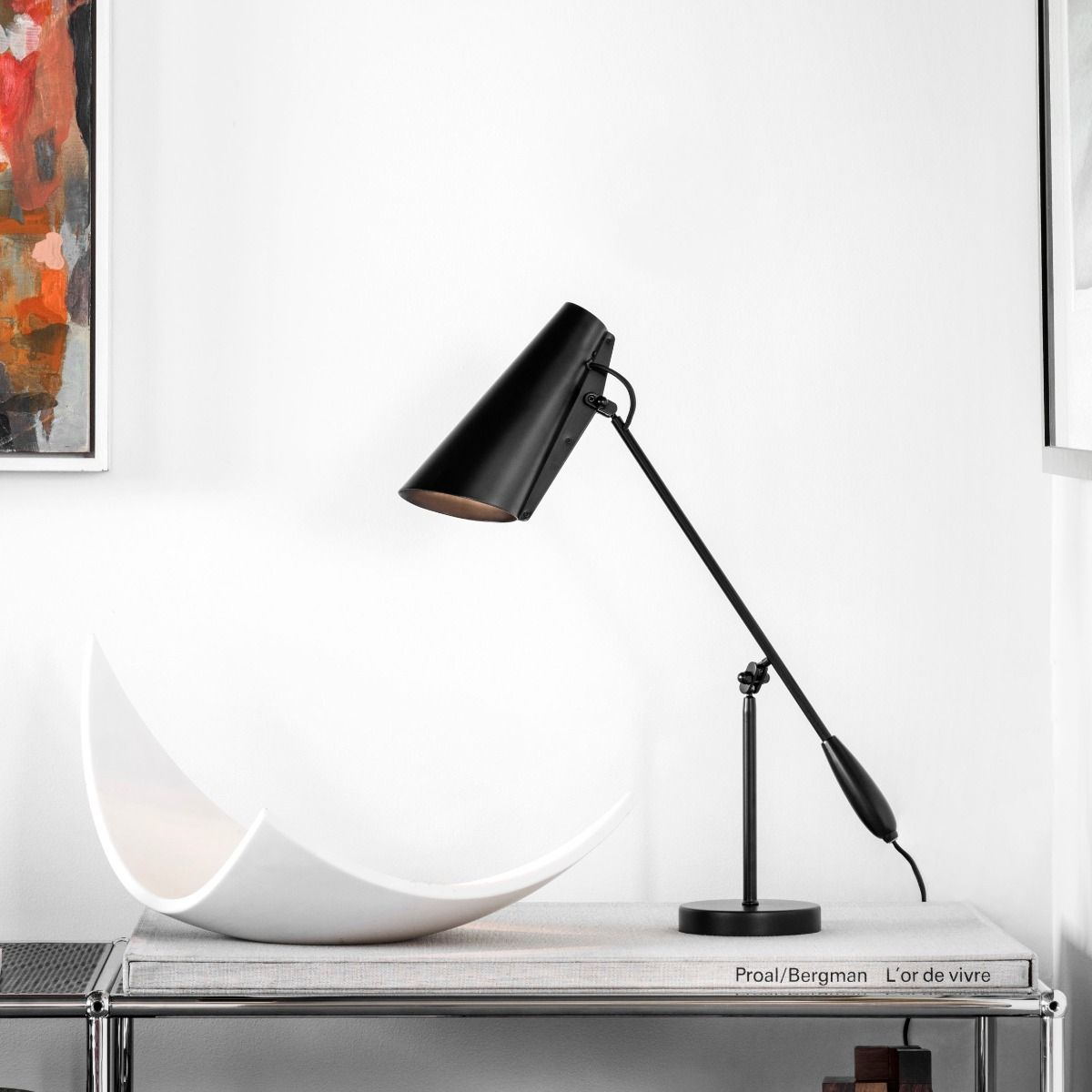Northern Birdy Table Light in Black