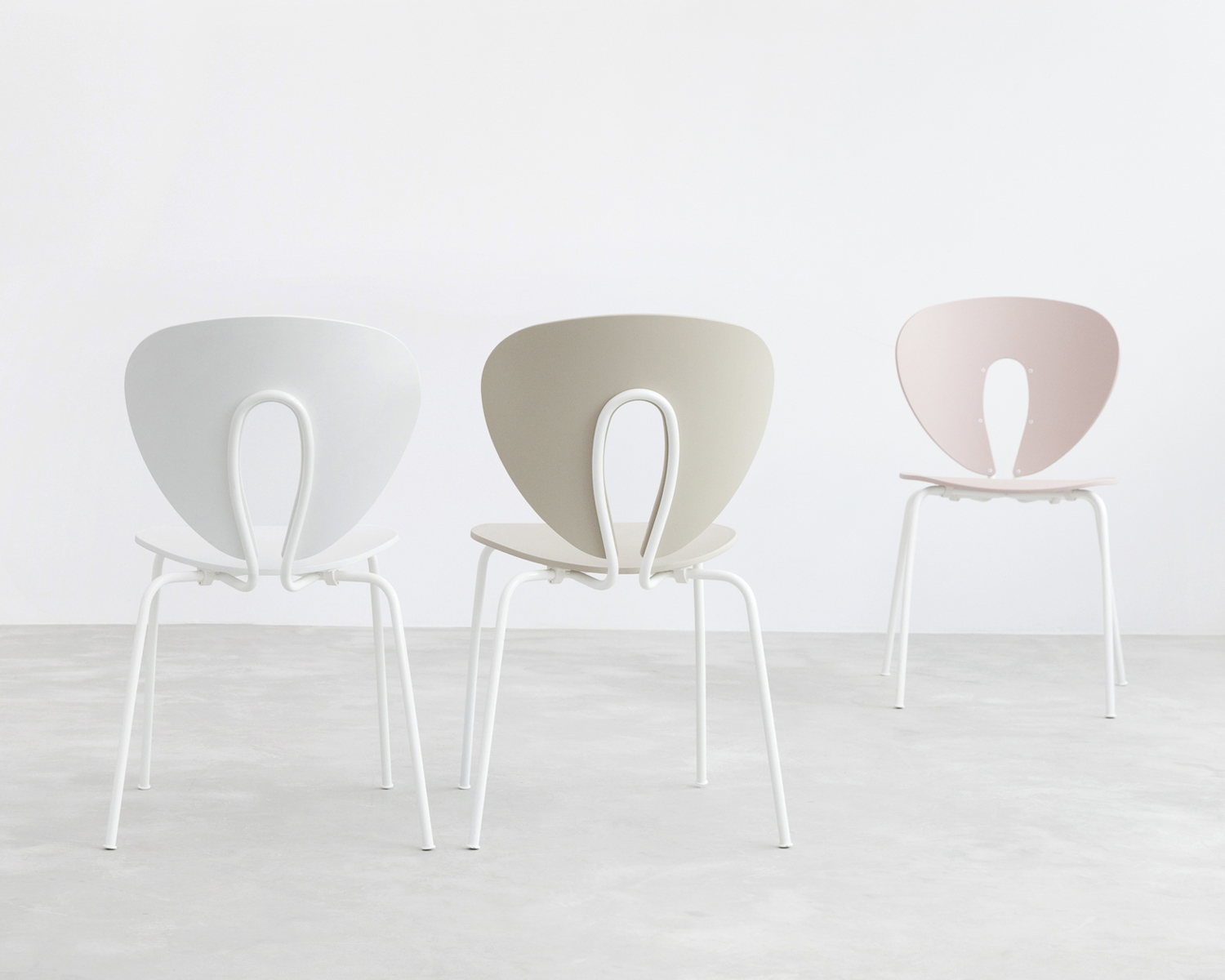 Stua globus chair polyprop with white frame